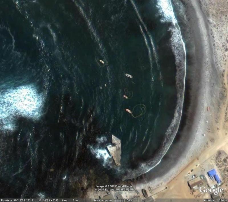 Pêcheurs de diamants port Nolloth, Afrique du Sud (Trouvé) - Page 2 Bateau10