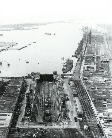 """la fin du paquebot """"Paris"""" 1939 Paris_11"""