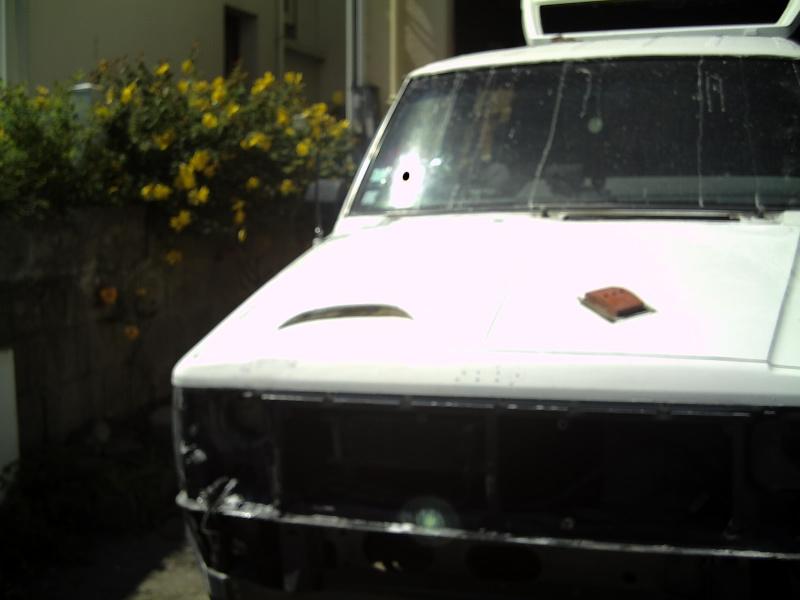 mon cherok tout blanc Pic00111