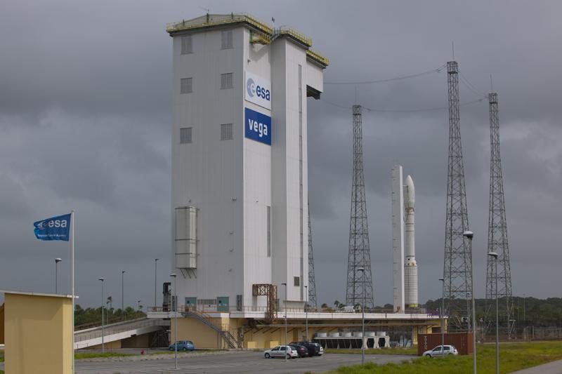 Vega - Le lanceur de l'ESA - Page 9 _sc12310