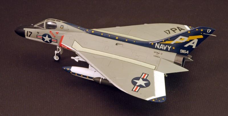 "Douglas F4D-1 ""Skyray"" [1/72 - Tamiya] Dougla12"