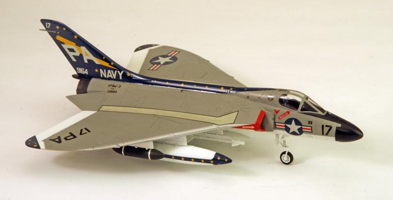"Douglas F4D-1 ""Skyray"" [1/72 - Tamiya] Dougla15"