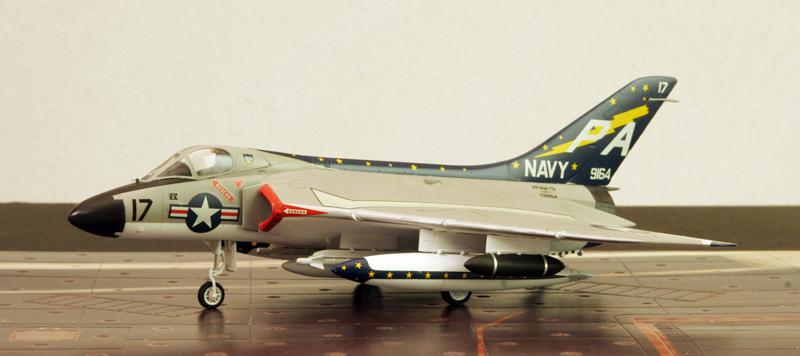 "Douglas F4D-1 ""Skyray"" [1/72 - Tamiya] Dougla25"