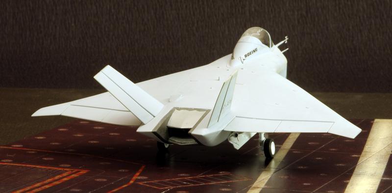 Boeing X-32A & Lockheed Martin X-35B [1:72 - Revell] X32a_011