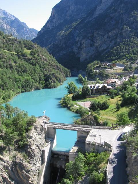 La Route des Grandes Alpes - Page 18 Dyn00310