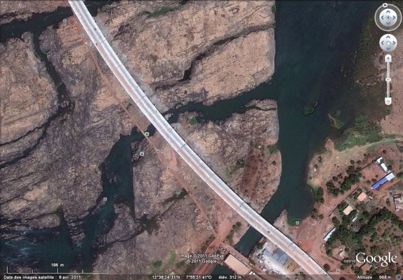 [MALI] - Le 3ème pont à Bamako : une histoire d'influence Sans_193