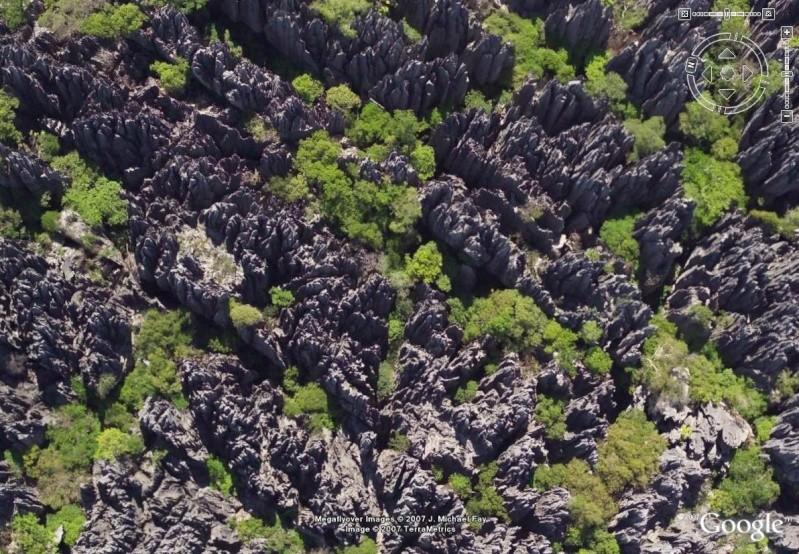 Paysage incroyable à Madagascar - Tsingy de Bemaraha Tsingy10