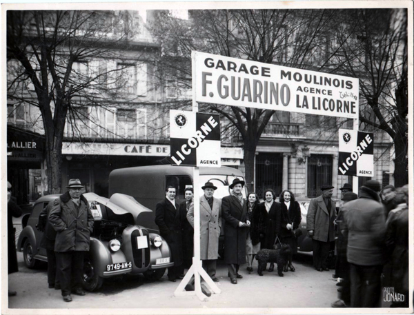 publicités du tracteur LICORNE Garage10
