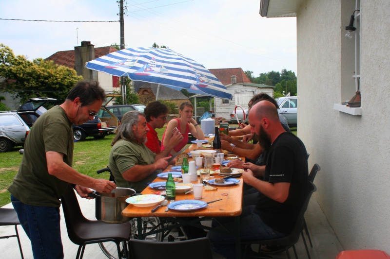 les photos et compte rendu du rencard dans Le Béarn juin 2011 Img_6615