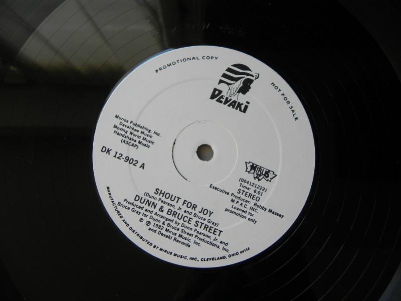 Dunn & Bruce Street - Shout For Joy 1982 Dunn__10
