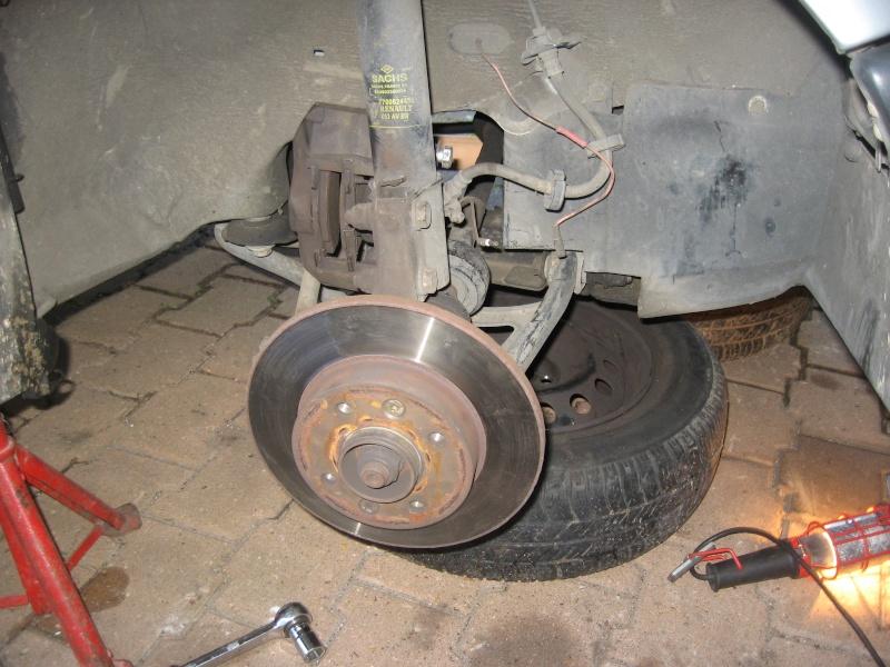 [ Renault r19 an 1995 ] remplacement disques, plaquettes et purge (tuto) Img_1013