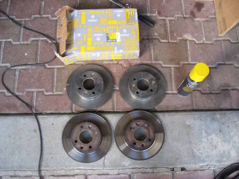 [ Renault r19 an 1995 ] remplacement disques, plaquettes et purge (tuto) Img_1014