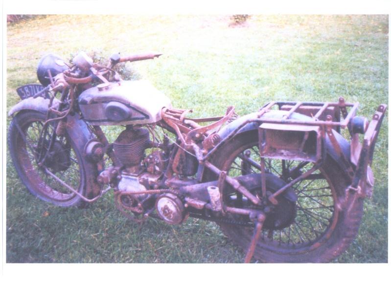 moto mystere de mon voisin marco. - Page 3 Magnat10