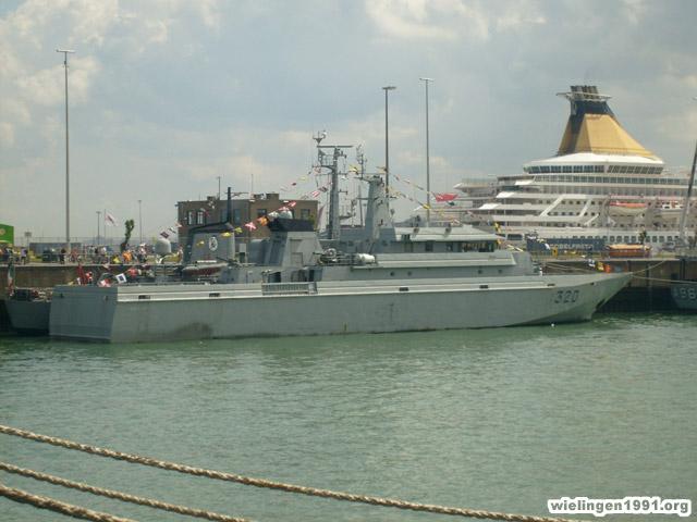 Zeebrugge : Opendeur - Portes Ouvertes - Navy Days - Page 2 033_0610