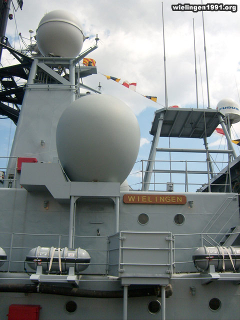 Zeebrugge : Opendeur - Portes Ouvertes - Navy Days - Page 2 038_0610