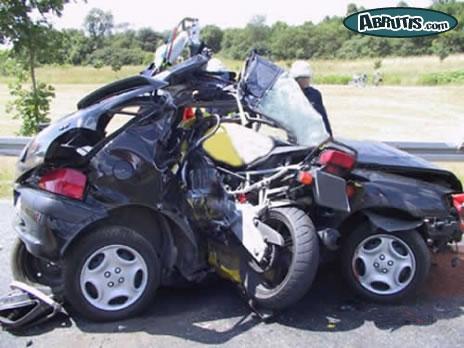 """accident moto """"ça n'arrive pas qu'aux autres"""" Ei0ld110"""