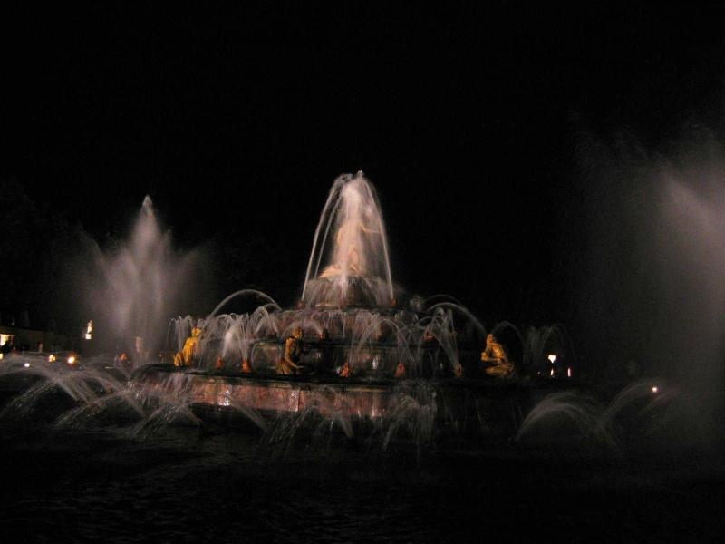 Grandes eaux nocturnes 2005 Img_4312