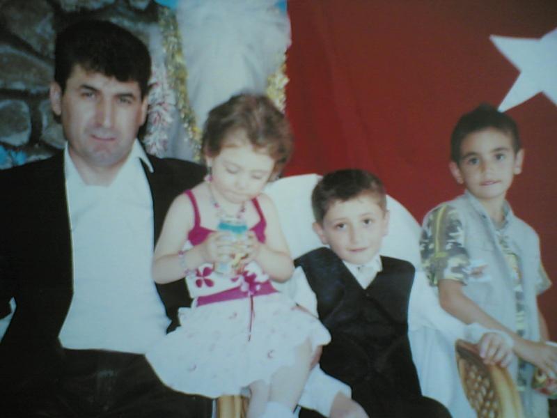 052 ibrahim tatlıdilin kızı zenyep oğlu oğuzhan ve yegeni fatih Gorunt44