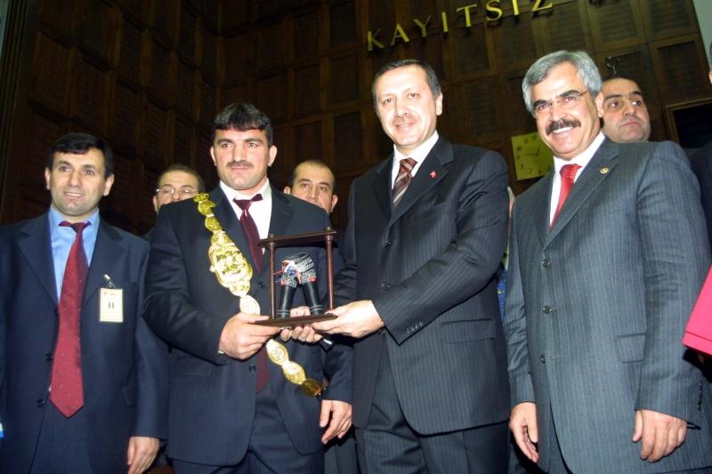 098 tayyip erdoğan fezayir tatlıdil kırk pınar başpehlivanlık ödül töreni Akp_gr11