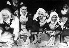 Sainte Thérèse de l'Enfant JESUS (Thérèse, Film) 220px-11