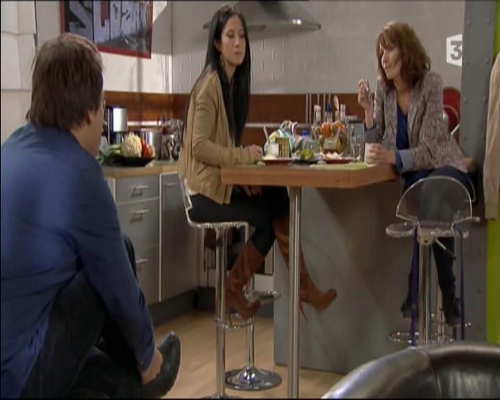 Episode du Lundi 02 Mai 2011 20111230