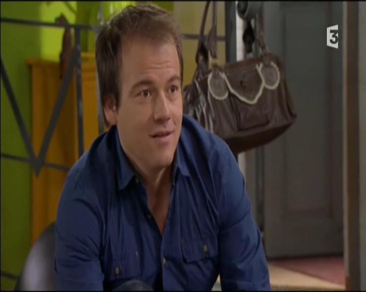 Episode du Lundi 02 Mai 2011 20111233