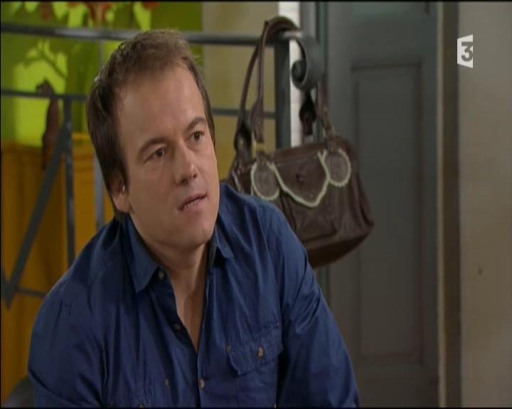 Episode du Lundi 02 Mai 2011 20111242