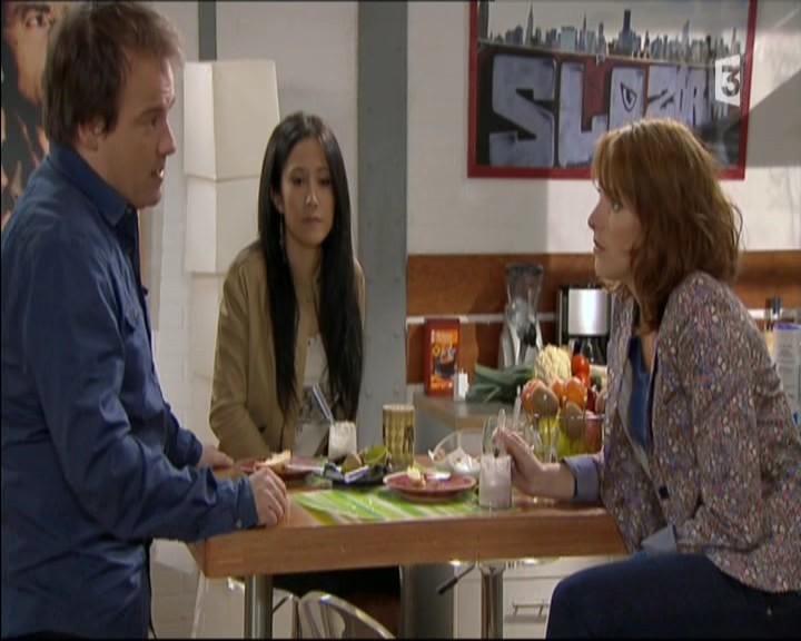 Episode du Lundi 02 Mai 2011 20111253