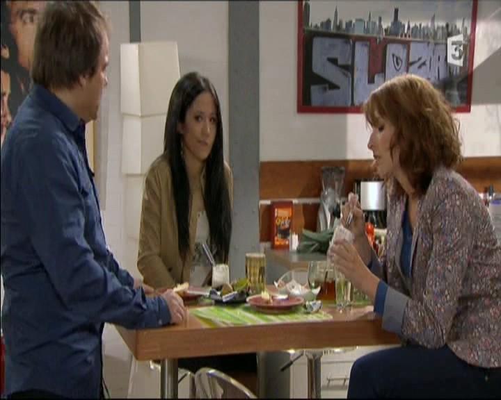 Episode du Lundi 02 Mai 2011 20111267