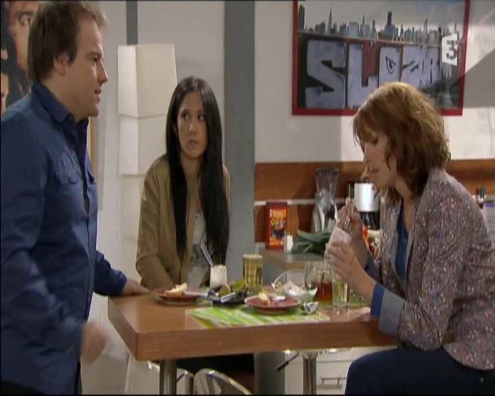 Episode du Lundi 02 Mai 2011 20111268