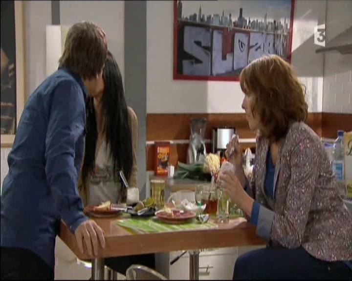 Episode du Lundi 02 Mai 2011 20111270