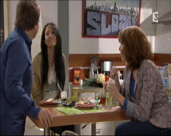 Episode du Lundi 02 Mai 2011 20111273