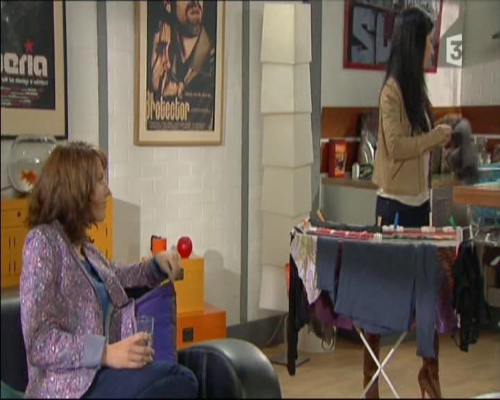 Episode du Lundi 02 Mai 2011 20111281