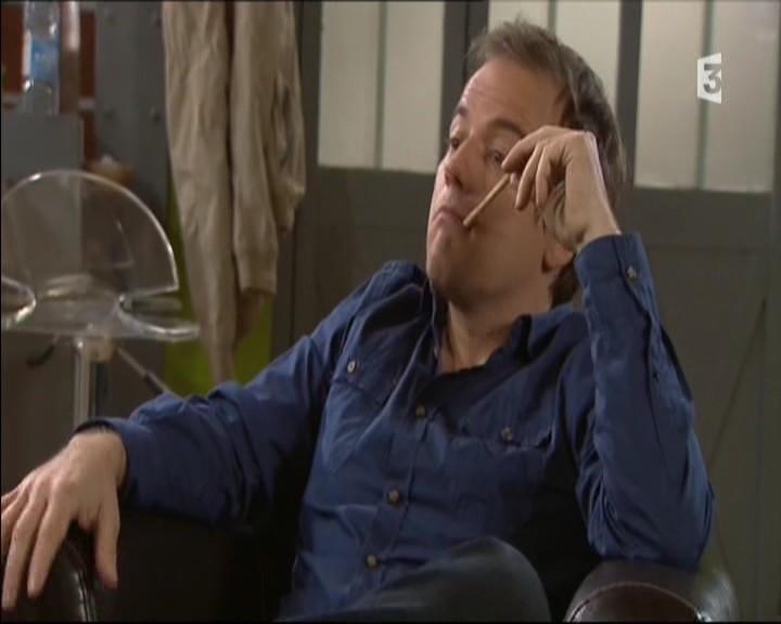 Episode du Lundi 02 Mai 2011 - Page 2 20111419