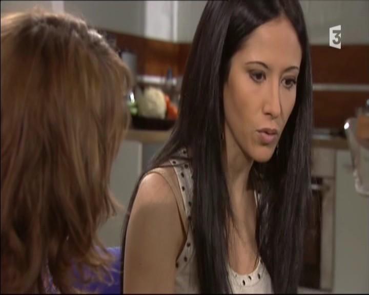 Episode du Lundi 02 Mai 2011 - Page 3 20111467