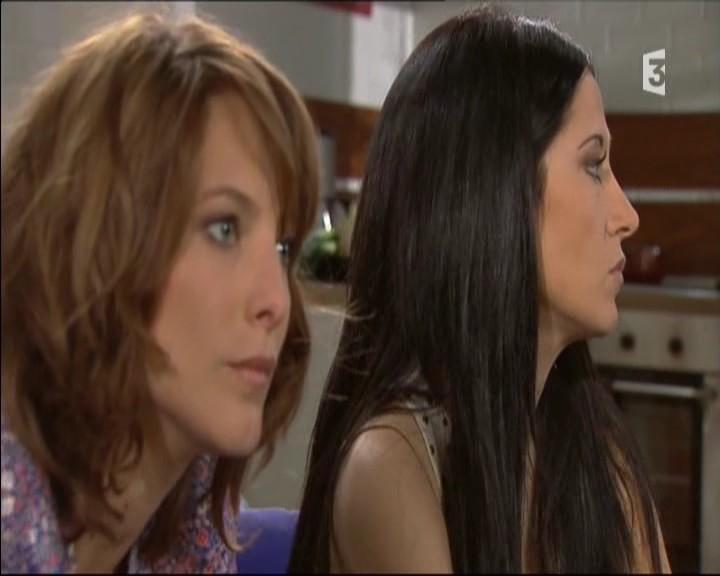 Episode du Lundi 02 Mai 2011 - Page 3 20111475
