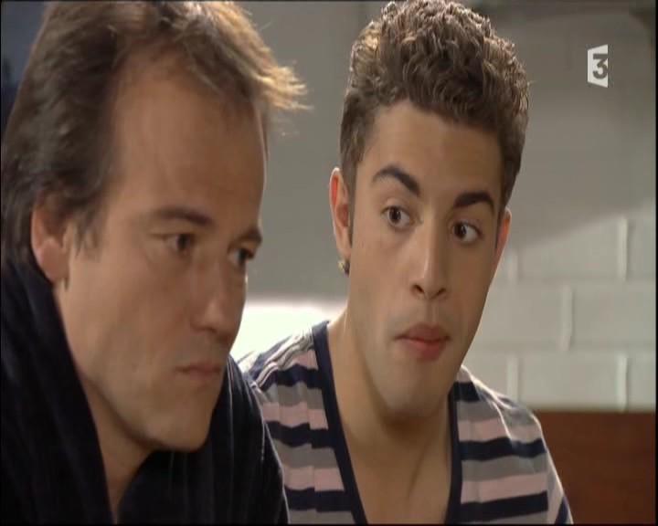 Episode du Lundi 09 Mai 2011 20111998