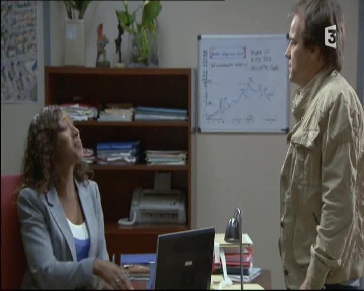 Episode du Lundi 16 Mai 2011 - Page 2 20113401