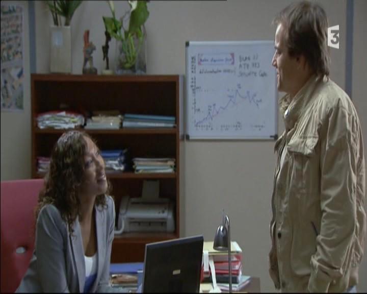 Episode du Lundi 16 Mai 2011 - Page 2 20113408