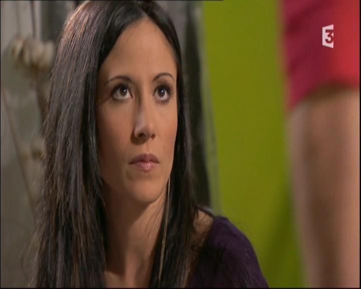 Episode du Lundi 16 Mai 2011 - Page 2 20113427