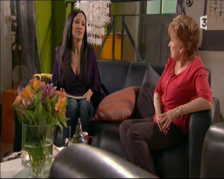 Episode du Lundi 16 Mai 2011 - Page 2 20113441