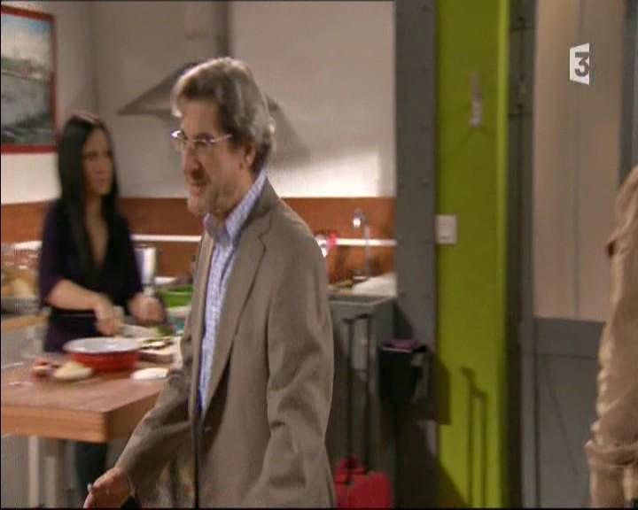 Episode du Lundi 16 Mai 2011 - Page 2 20113483