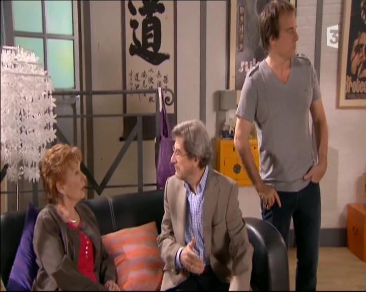 Episode du Lundi 16 Mai 2011 - Page 2 20113496