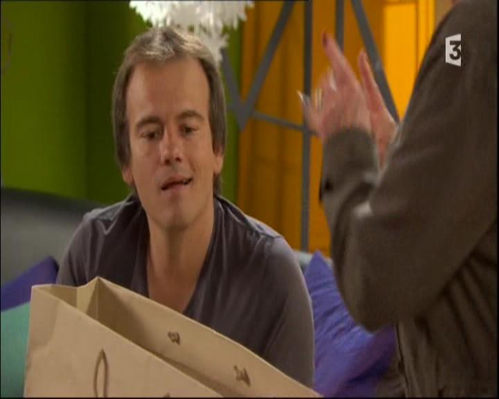 Episode du Lundi 23 Mai 2011 20113854