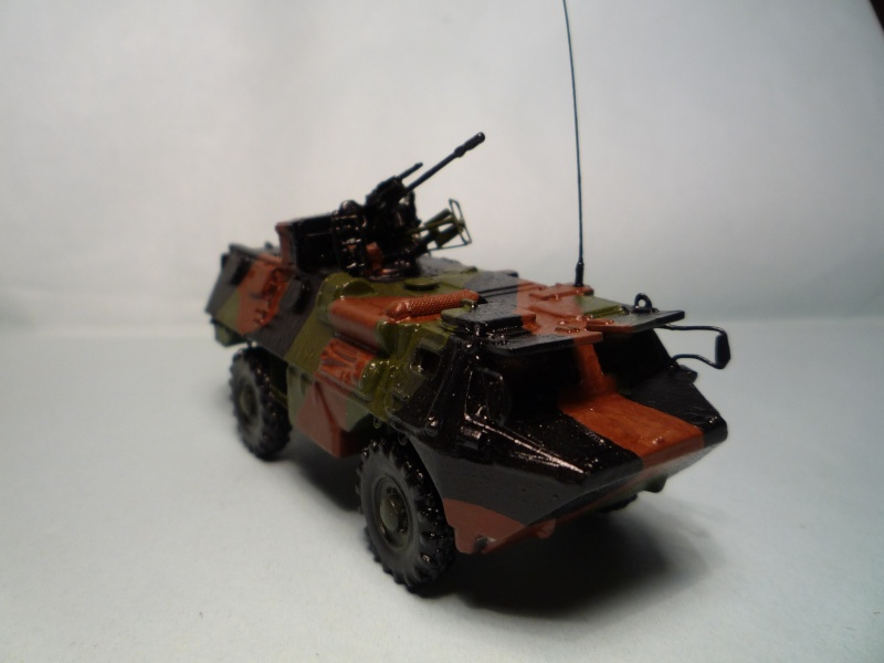 VAB Heller 1/72 + conversion TC20 Azimut P1070728