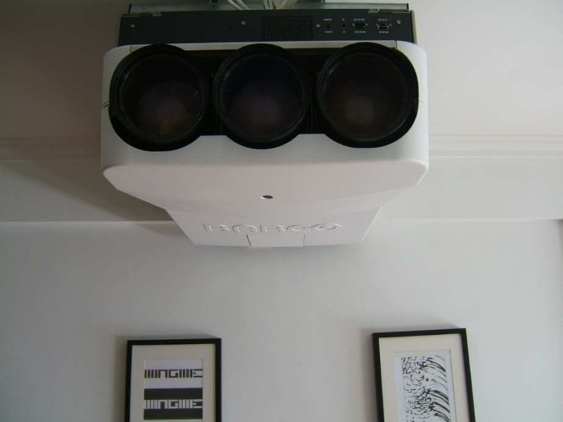 XCJ: Sistema AV Barco10