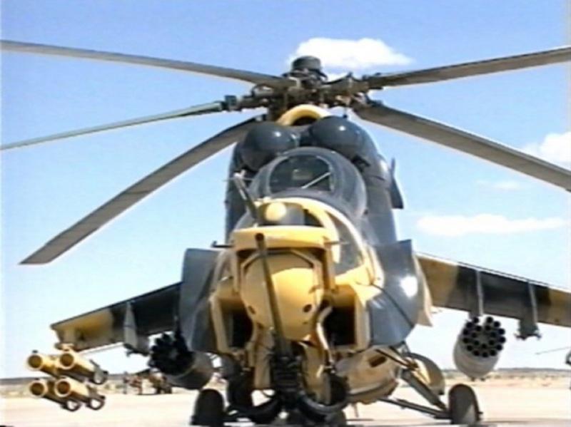 المروحيات التي تمتلكها الجزائر Mi240015