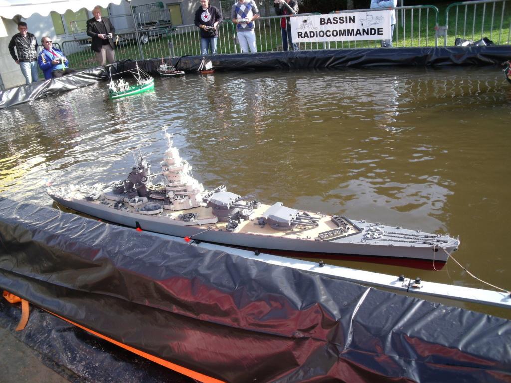 [ Blog visiteurs ] Maquette Cuirassé JEAN BART au 1/100 sur Plan Dscf7111