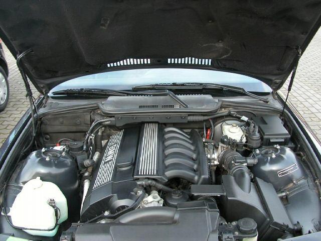 [BMW 320 i E36] Recherche du type moteur 5313_210
