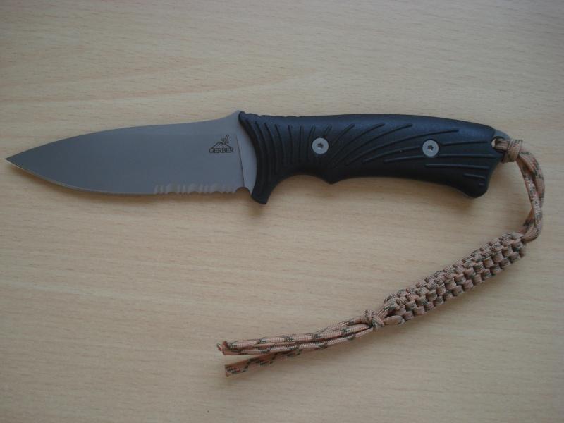 Quels couteaux de survie choisiriez vous? - Page 2 Dsc01214